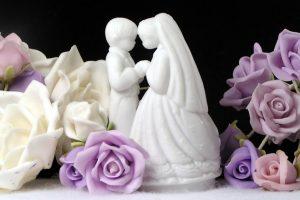 Trouwpoppetjes bruidstaart